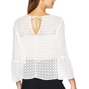 NWOT Resort Eyelet three dots blouse size M white